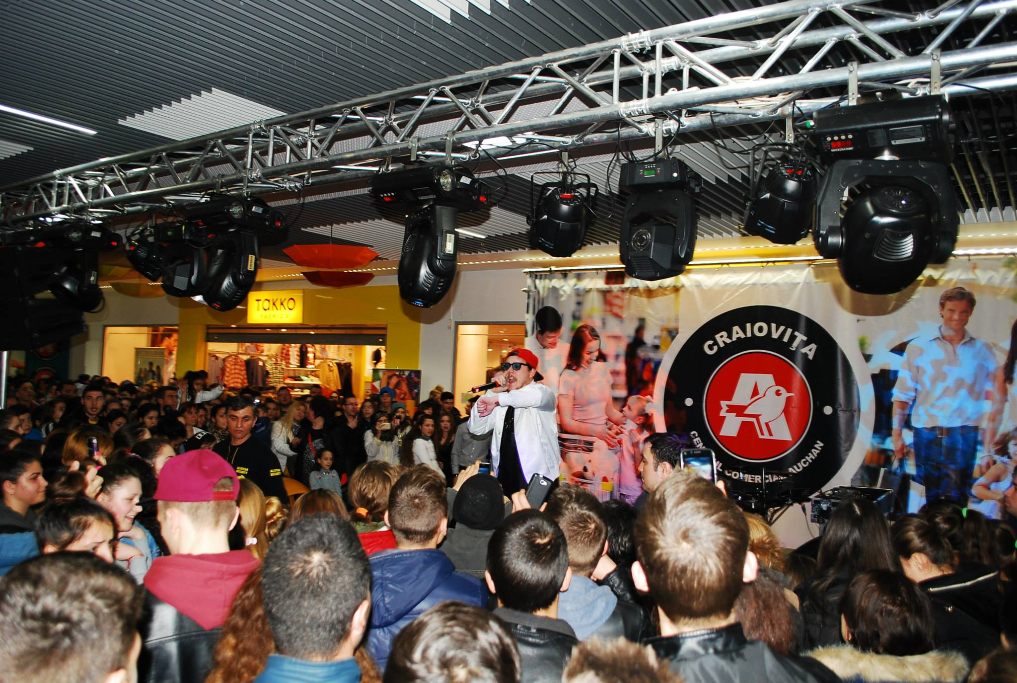 Concert What's Up AUCHAN (2013)